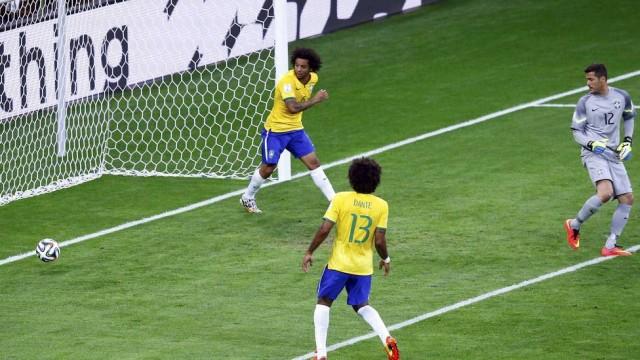 Julio Cesar o goleiro mais vazado da hist�ria da Sele��o Brasileira