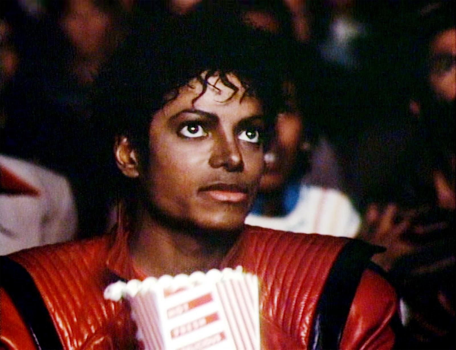 """Michael Jackson no clipe de """"Thriller"""" (Fonte: galleryhip.com)"""